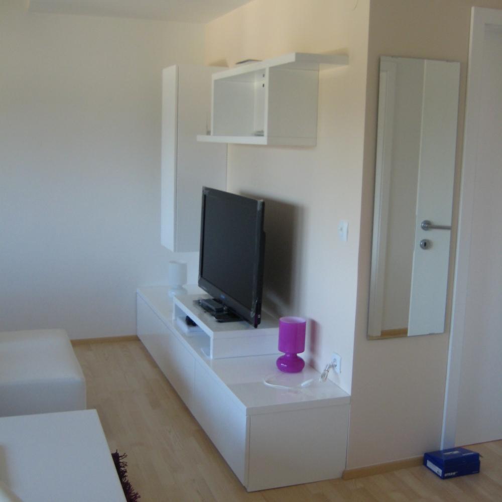 manjša dnevna soba