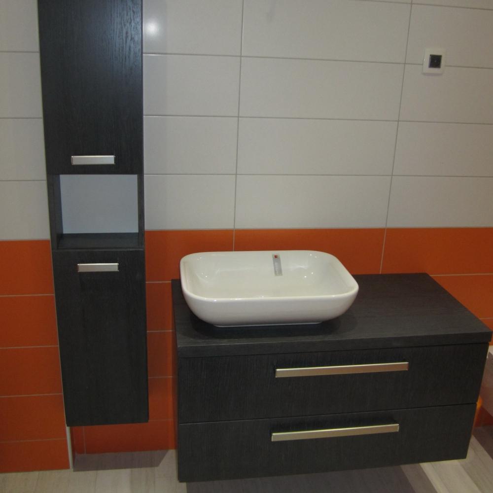 kopalnica iz furnirja
