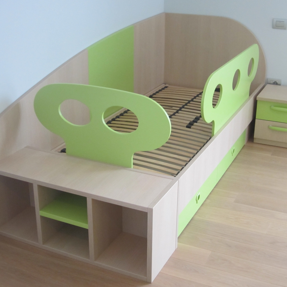otroška soba in postelja