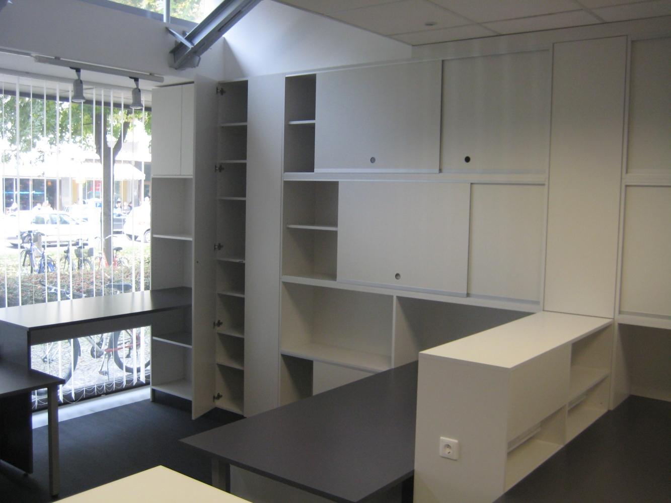 pisarniško pohištvo po meri (07)