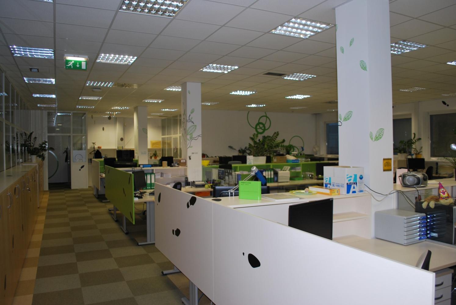 pisarniško pohištvo po meri (09)